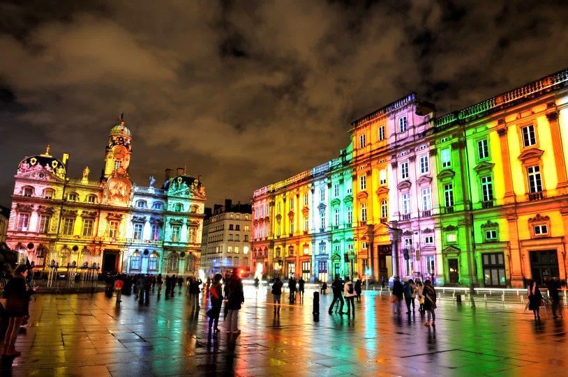 Fête des Lumières à Lyon, les 9 et 10 décembre 2018 - Voyage AVIVO Genève
